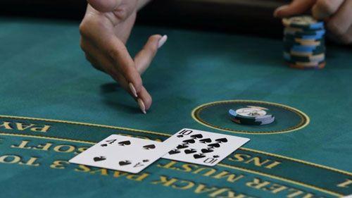 مشخصات افرادی حرفه ای که در کازینو پوکر بازی می کنند